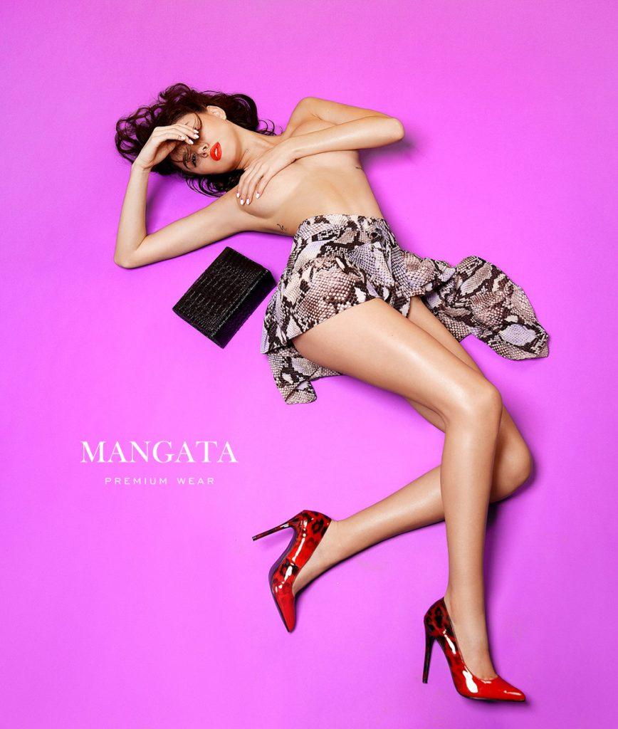 Cauti un Fotograf Profesionist in Constanta? Contacteaza Fashion BOOKS Fotografii Campanie Fashion Glamour Incaltaminte Fotograf Constanta
