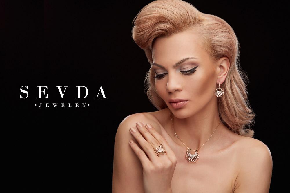 Fotografii studio foto Sevda Jewelry, fotograf fashion moda beauty produs lookbook campanie, Constanta Bucuresti, makeup coafura, bijuterii