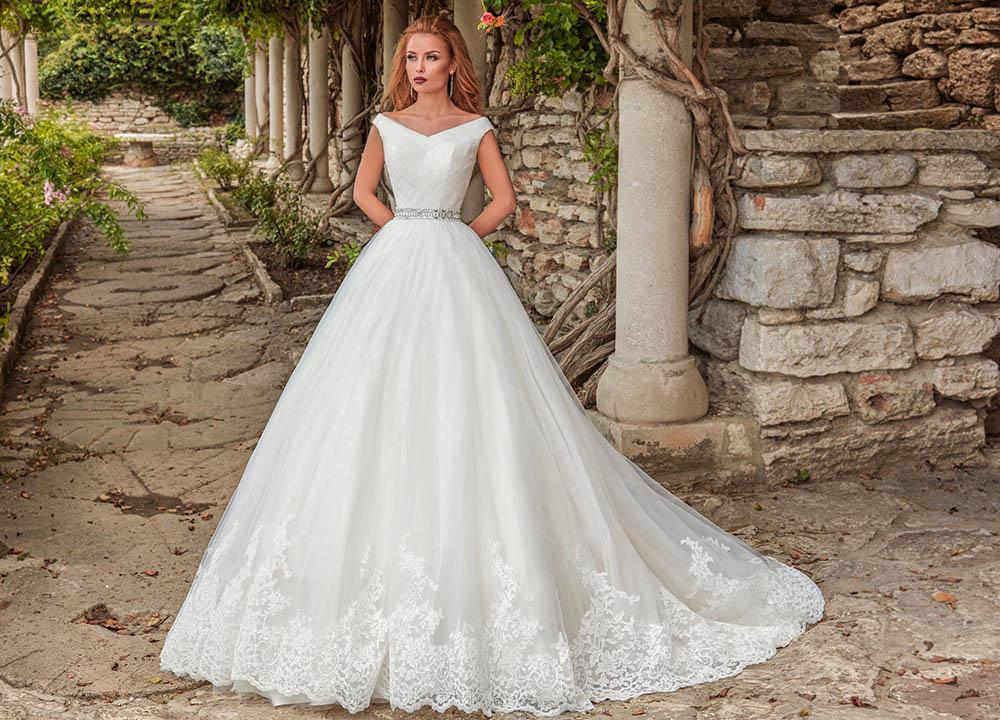 Fotografii lookbook rochii mireasa Amanda DiVelli fotograf bucuresti constanta campanie bridal wedding produs studio profesionist magazin art