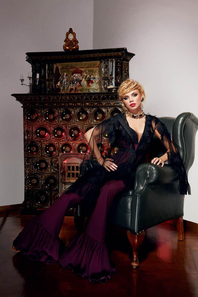 Campanie Fashion PassionByD fotografie moda fotograf lookbook produs studio foto Bucuresti Constanta roman makeup rochii mireasa seara