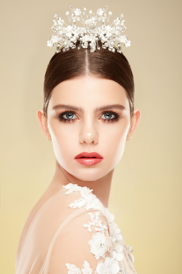 Fotografie machiaje Mireasa Corina Tudor Beauty Makeup Artist Bucuresti Fotograf Profesionist Constanta | Studio Foto Constanta | Fotograf Make-up Calitate | Fotografii Fashion realizate in studio Bucuresti | Bridal Makeup Photo Shoot 2018 | Rochii de Mireasa | Accesorii Mireasa | Fotograf de Moda Roman